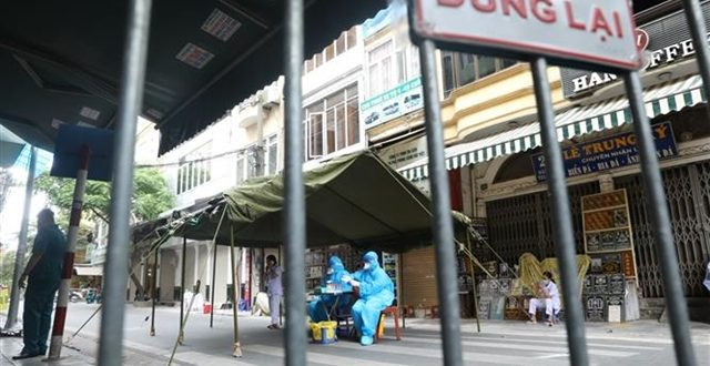 Việt Nam reports record daily increase of 5,926 new cases of COVID-19 on Sunday
