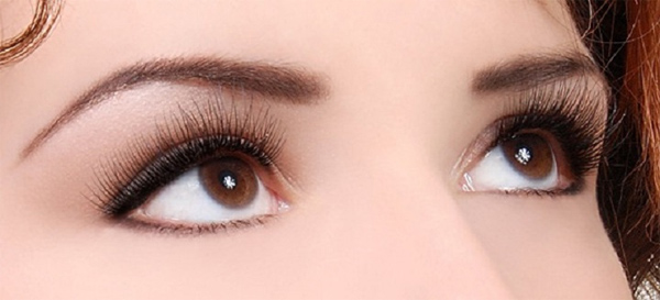 The most beautiful natural eyelash extensions for thinner, thicker and longer eyelashes